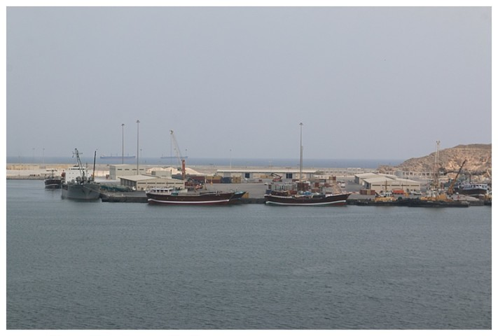 To port, dhows which trade across the Gulf, these from Somalia