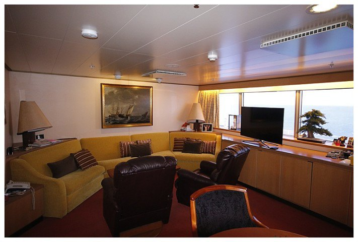 ..and the 'Day Room' or 'lounge' to landlubbers....