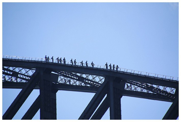 There are 'Bridge climb' tours, 150 Euros a pop and as we passed under, a photo of some intrepid climbers.