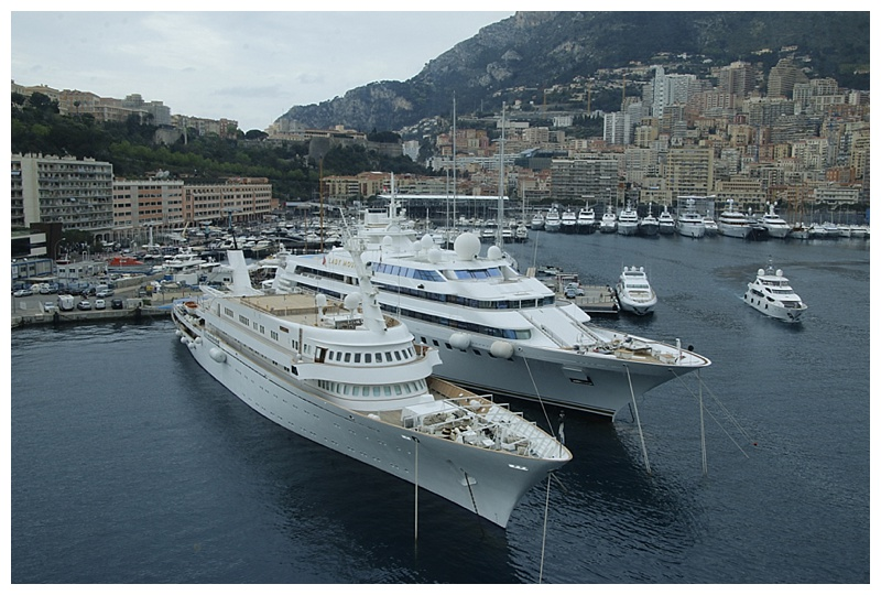 Next to our bow, 2 of the biggest, the Atlantis 2 and the Lady Moara