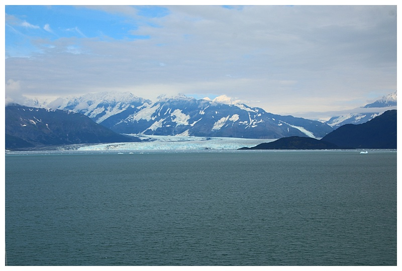 Hubbard glacier from Yakutat Bay
